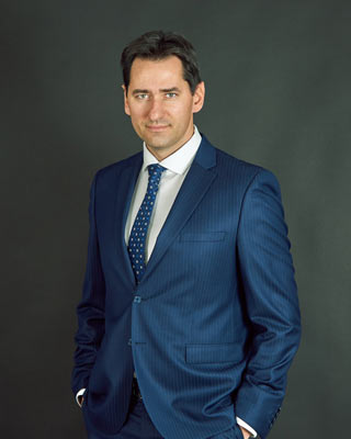 business portrait of a man in a suit